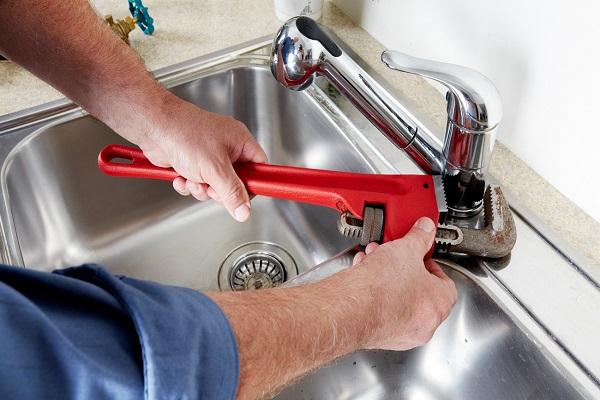 Un robinet qui fonctionne mal; comment réagir ?