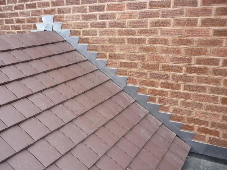 Les solins de toit et ce qu'ils signifient pour votre maison